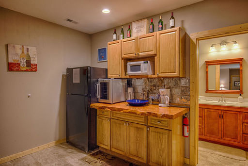Lower level wet bar in Mountain Creek Cabin in Maggie Valley, NC